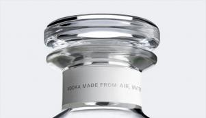 大气的伏特加酒的包装设计和瓶型设计